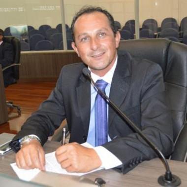 Alexandre Rezende sugere implantação de Refis em Araranguá