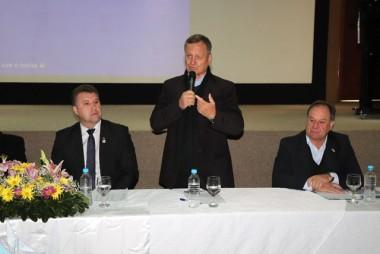 Deputado Colatto recebe homenagem de municípios sedes