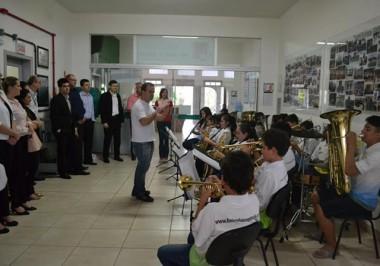 Colaboradores da Sicredi Sul SC visitam o Bairro da Juventude