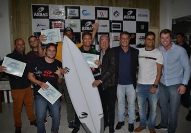 Asbas promove noite de premiações do Circuito 2016/2017 de surf