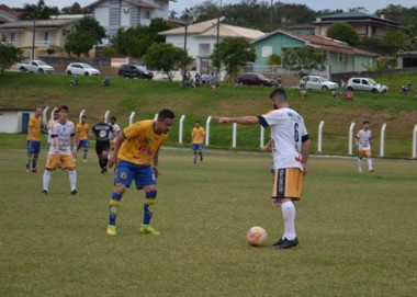 Araranguá conquista a última vaga para as semifinais