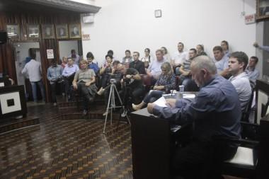 Vereadores aprovam diminuição do recesso parlamentar