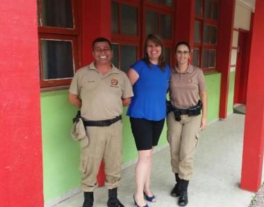 Polícia Militar de Araranguá garante segurança nas escolas