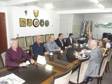 Segurança Pública de SC recebe diretoria do Sindemosc