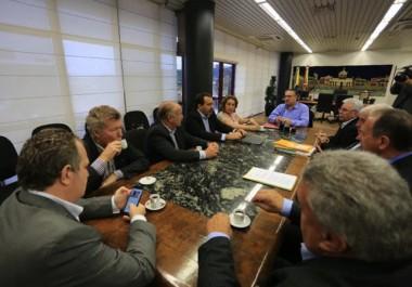 Colombo reforça compromisso para proteção do agronegócio