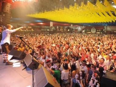 Oktoberfest para empresas: Tô Indo inicia comercialização de camarotes corporativos