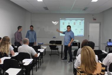 Associados ao Sinduscon recebem treinamento sobre compras