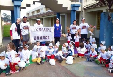 Gincana integra pais, alunos e professores em Criciúma
