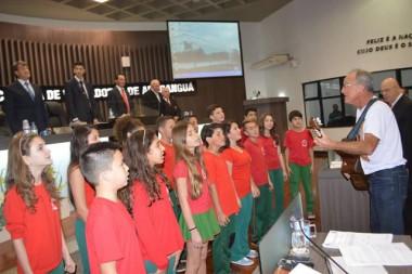 Escola de Meleiro visita Legislativo de Araranguá