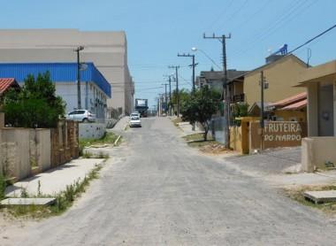 Ronaldo Soares cobra obras de pavimentação e saneamento