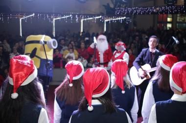 Atrações musicais embalam chegada do Papai Noel