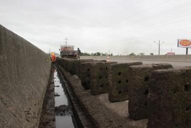 DNIT/SC faz trabalhos em sistema de drenagem da BR-101