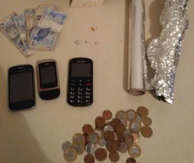 PM de Araranguá prende traficante e homem procurado pela justiça