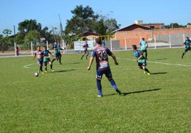 Campeonato de Futebol é retomado com muitos gols em Jacinto