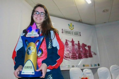Içarense é campeã invicta da semifinal brasileira de xadrez