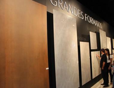 Grupo Eliane apresenta ao mercado revestimentos gigantes
