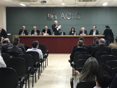Hospitais buscam saídas para crise no Seminário Regional