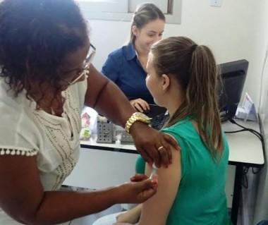 Siderópolis atinge quase 80% da meta de vacinação contra gripe