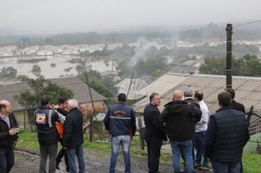 Governador avalia estragos causados pelas chuvas