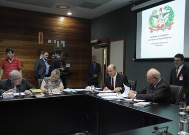Finanças aprova proposta de estimulo a doação de medula óssea