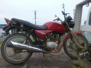 Polícia Militar de Araranguá recupera motocicleta furtada
