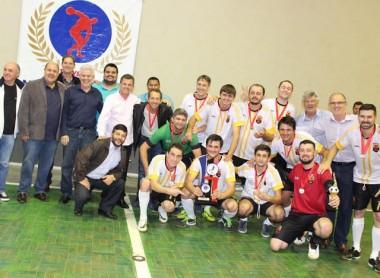 Família Mondado é bicampeã no Interfamílias de Futsal