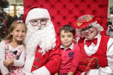 Chegada do Papai Noel terá show com Neguinho & Emanuel