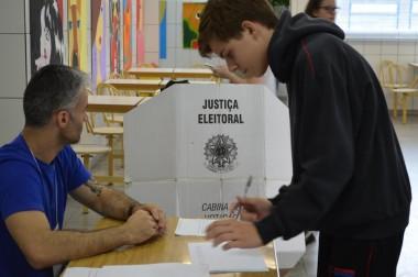 Eleições na Câmara Mirim de Criciúma começam nesta quarta