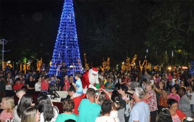 CDL abre o Natal, Doce Natal com a chegada do Papai Noel no domingo