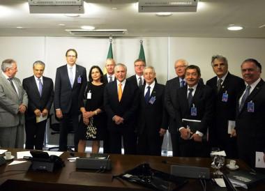 Fiesc propõe ações prioritárias em reunião com Michel Temer,