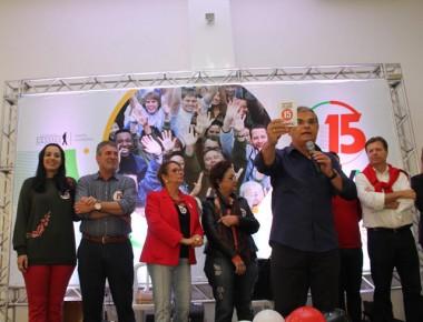 Com o Plano 15 em mãos Moreira defende bandeiras do PMDB