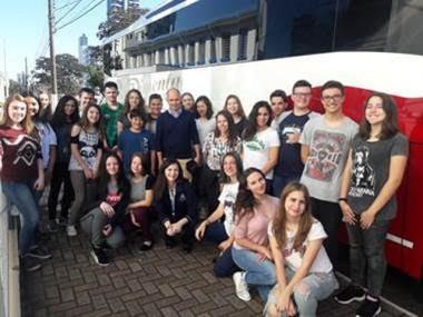 Estudantes viajam a Curitiba para atividade da ONU