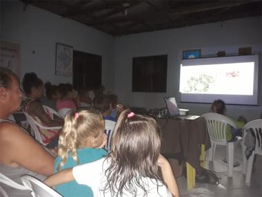 Balneário Rincão conta com cinema nas comunidades