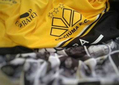 Camisa especial para estreia no Campeonato Catarinense