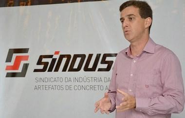 André Passuello é eleito novo presidente do Sinduscon/Oeste