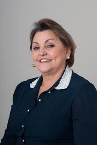 Maria Teresinha Debatin publica livro dedicado à cabala