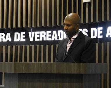 Câmara adota medidas apoiando a retomada de obras