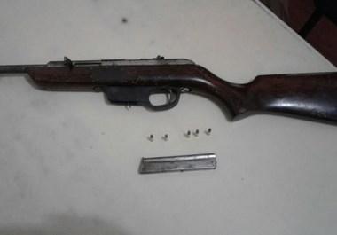PM de Maracajá prende homem por porte ilegal de arma