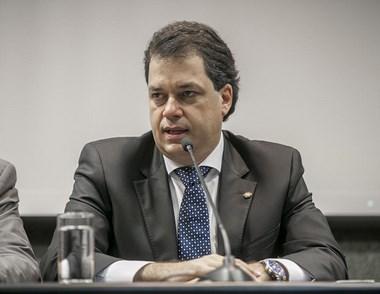 Deputado Minotto é eleito presidente do bloco brasileiro da UPM