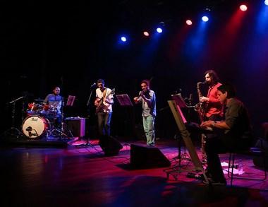 Quinteto Enraizados faz concerto de lançamento do CD
