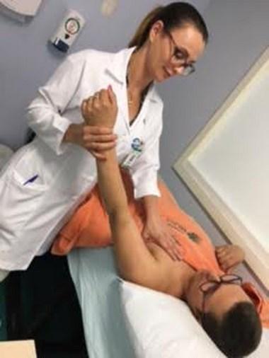 Pacientes oncológicos do HSJosé recebem drenagem linfática
