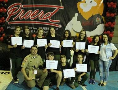 Proerd forma 177 estudantes d o 7º ano em Siderópolis