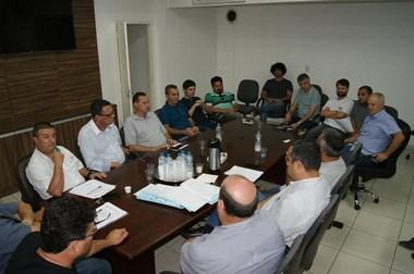 Câmara Municipal de Içara realiza sessão extraordinária
