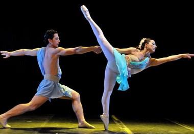 Viviane Candiotto promove 21º Espetáculo de Dança em Criciúma