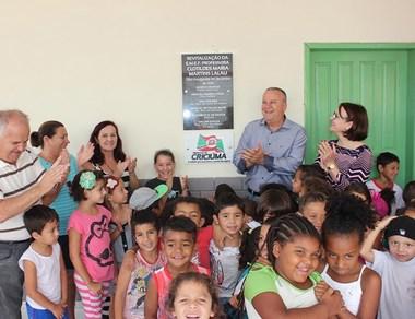 Educação de Criciúma comemora investimento em obras